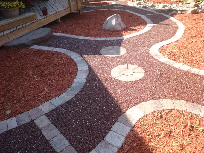 walkway with porous pave